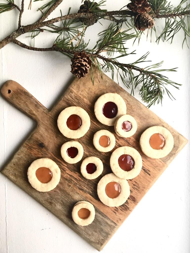Linzertorte Cookies
