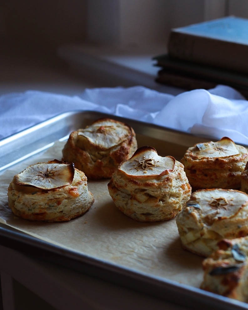 apple sage gruyere scones